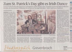 Susanne Fuchs tanzt in der Bar irisch. Quelle NGZ vom 17.3.15